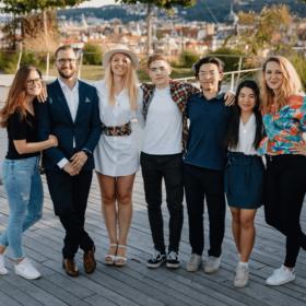 Startup Disrupt – Sales Manager